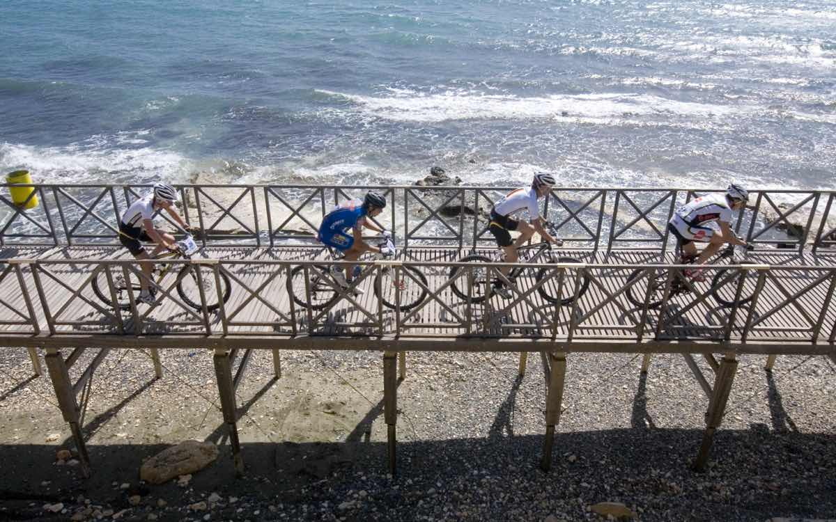 cyprus-cycling-riders